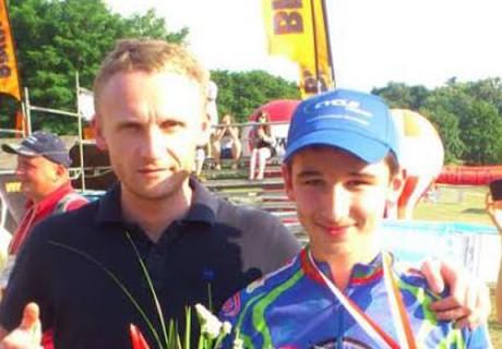 "Szymon Drobny / 3 lugar en el Campeonato de Polonia XC Żerków cat. ""młodzik"" – el año 2013."