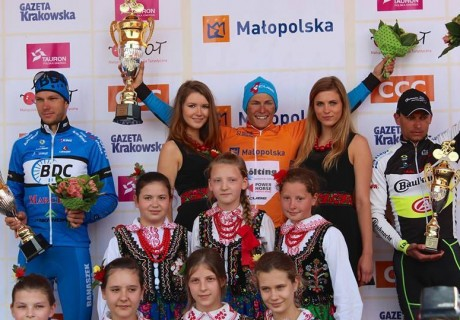 """Paweł Cieślik / 3 lugar en la clasificación general de """"Małopolski Wyścig Górski"""" – el año 2014."""